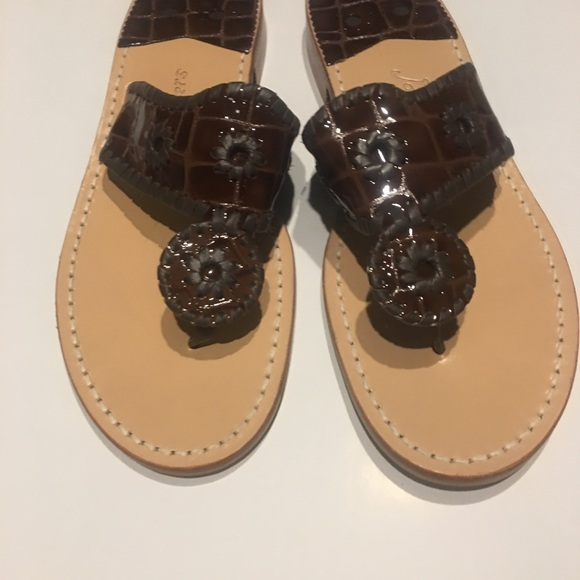 98500d3fd02 Jack Rogers patent leather sandals 9 store sample